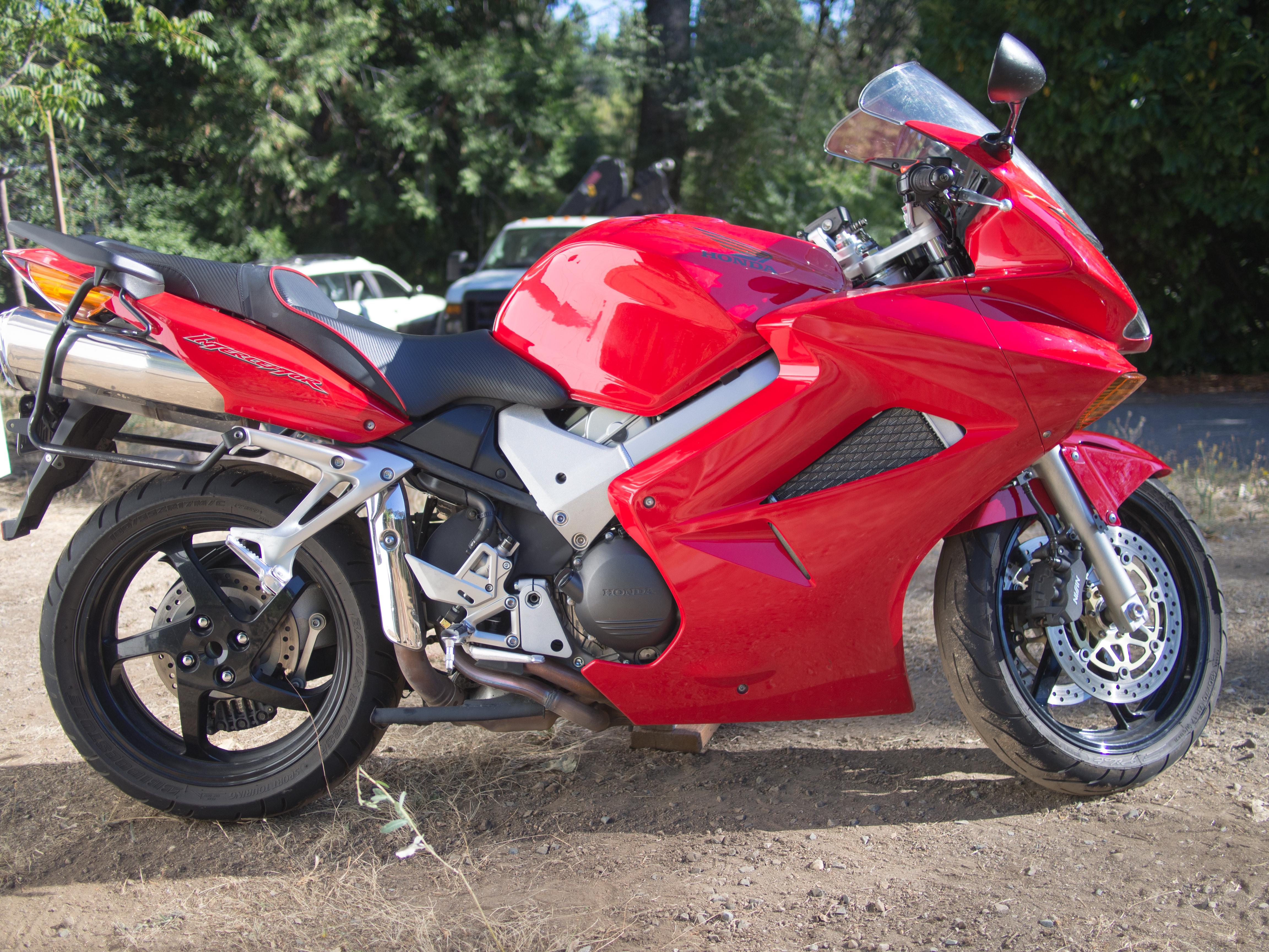 2002 Honda VFR800